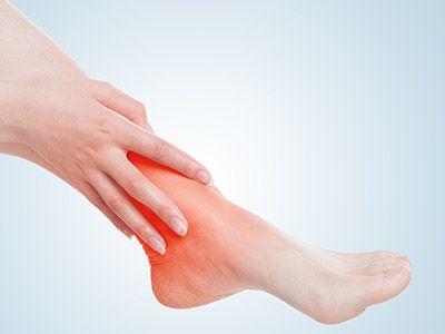脚后跟疼是什么原因 脚后跟疼是怎么回事